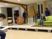 """Neues Theater in Mering: Jungschauspieler wagen sich an """"Die Mausefalle"""""""