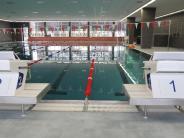 Bad in Königsbrunn: Die Freizeitschwimmer müssen sich noch gedulden