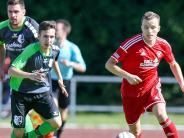 Landesliga Südwest: Wer kommt schneller an den Ball?