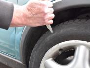 Polizei in Mering: Reifen zerstochen und Ventile abgezwickt