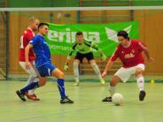 Hallen-Fußball: Klassischer Budenzauber in Aichach