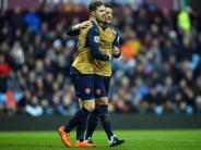 Fußball: Arsenal dank Özil Dritter - Chelsea gegen ManUnited 1:1