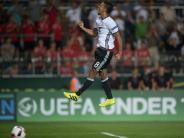 Fußball: EM: U19 sichert im Elfmeterschießen WM-Teilnahme