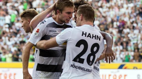 Fußball: Stindl rettet Mönchengladbach - 2:1 gegen Bayer 04