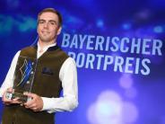 «Ein echtes Vorbild»: Ex-Bayern-Kapitän Lahm mit Bayerischem Sportpreis geehrt