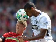 Torloses Remis: Videobeweis und Boateng-Comeback:Frankfurt 0:0 in Freiburg