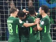 Bundesliga am Sonntag: Bremen braucht einen Sieg gegen den FC Augsburg