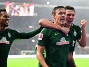 Hannover chancenlos: Kruse-Hattrick-Gala beschert Werder ersten Kohfeldt-Sieg