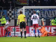 1:1 gegen Hannover 96: Kostic bewahrt Hollerbach vor Pleite bei HSV-Heimdebüt