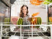 Haushaltstipps: Vorspülen oder nicht? Alles rund um die Spülmaschine