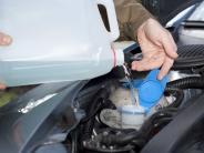 Auto: Was tun, wenn das Scheibenwischwasser gefriert?