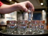 Lebensmittel-Mythen: Macht Alkohol wirklich warm?