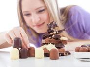 Vorhofflimmern: Wer regelmäßig Schokolade isst, beugt Herzleiden vor