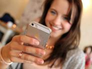 Ohne Weitblick: Ständig am Bildschirm: Wie Jugendliche ihre Augen ruinieren