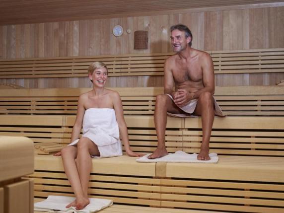 hoher blutdruck sauna mit bluthochdruck das m ssen betroffene wissen wissenschaft. Black Bedroom Furniture Sets. Home Design Ideas