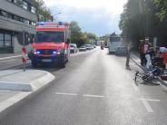 Unfall: Omnibus erfasst radelndes Kind