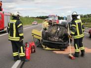 Leipheim: Auto verliert Hinterrad: Unfall löst Stau auf der A8 aus