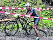 Obergessertshausen: Mountainbike-Rennen in Obergessertshausen: Willkommen im Dreck