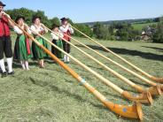 Jubiläum: Seit 30 Jahren gibt es Burgauer Alphornbläser