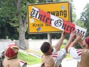 Burgau/Konzenberg: Freundliche Invasion in Unterburgau