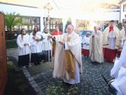 Kirche: Bischöflicher Segen für die Burgauer