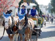 Landkreis Günzburg: Der Hufschmied auf dem Brauereiwagen