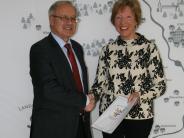 Auszeichnung: Verdienstmedaille für Berta Schmid