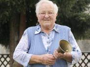 Geburtstag: 20 Jahre lang läutete sie die Leinheimer Gemeindeglocke