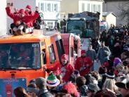 """Fasching: Umzug in Jettingen-Scheppach: Der """"Scheef"""" trägt Bauhelm"""