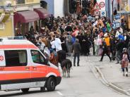 Burgau: Mädchen erfinden Rempelei am Rosenmontag: Polizei ermittelt
