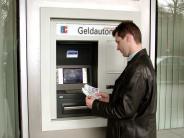 Finanzen: Dispozins: Banken wehren sich gegen Abzocke-Vorwurf