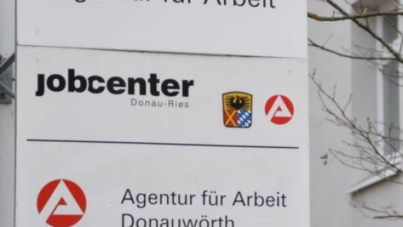 Arbeitsagentur: Zahl der Erwerbslosen im Januar leicht gestiegen - Augsburger Allgemeine