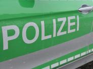 Bellenberg/Illertissen: Betrunkener Autofahrer verschanzt sich auf Dachboden