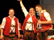 Wettstreit: Blasmusikcup: Kirchhaslacher Musikanten holen den Pokal