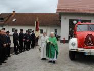 Feuerwehr: Applaus und Segen fürs Gerätehaus