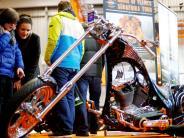 Ulm: Schwere Maschinen und Roller in Rosa