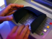 Ulm: Bande trickste Bankkunden aus