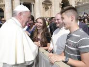 Illertissen: Auf Tuchfühlung mit dem Papst