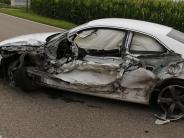Obenhausen: Autofahrerin gerät in Gegenverkehr