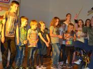 Oberroth: Kinderliedermacher begeistert im Vereinsheim