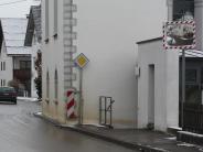 Illertissen: Kirchenmauer als Sackgasse