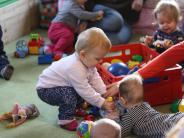Illertissen: Das Babycafé steht Eltern zur Seite