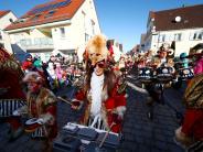 Weißenhorn: Faschingsumzug unter blauem Himmel