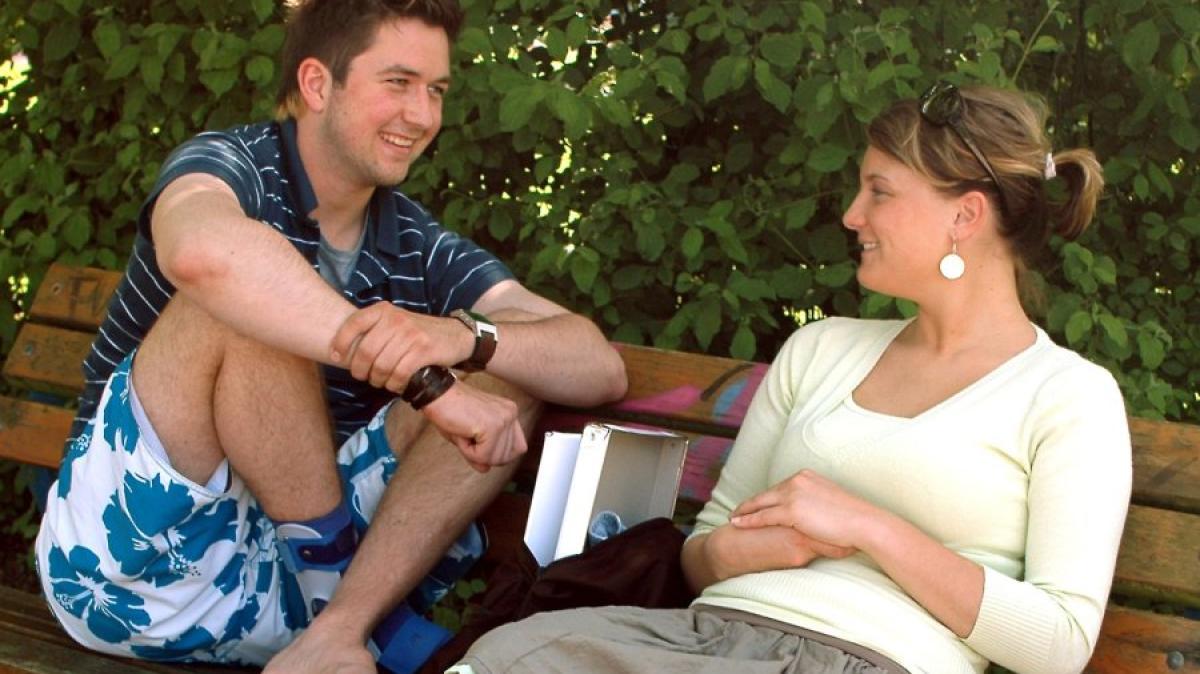 Tipps für Singles: Ehrlichkeit geht vor: Langweiliges Date schnell ...
