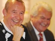 FC Augsburg: FCA: Arbeit für das Managerfindungsduo