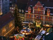 Memmingen: Memmingen: Christkindlesmarkt auf dem Marktplatz 2017