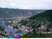 : Romantische Flusstäler und bekannte Weinanbaugebiete