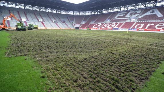 FC Augsburg: Neuer Rasen für die SGL-Arena, Teil 5