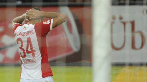 FC Augsburg: Zu spät aufgewacht - Augsburg verliert auch gegen Dortmund