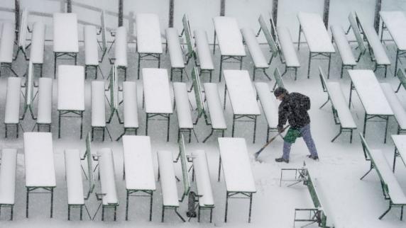 Allgäu: Früher Schnee bringt Autofahrern böse Überraschung